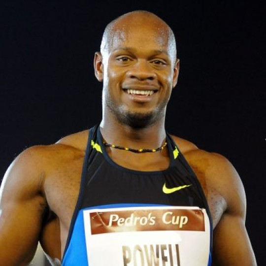 Asafa Powell wins in Guadeloupe